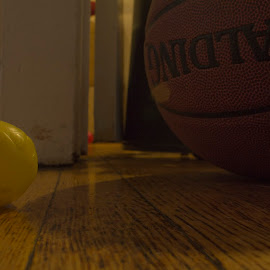 Big Ball, Little Ball by Cory Byers - Sports & Fitness Basketball ( ball, little, big )