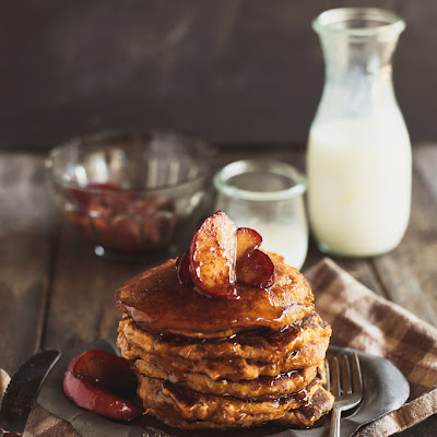 Whole Grain Pumpkin Pancakes