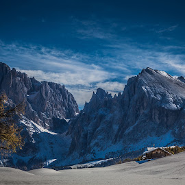 Sassolungo by Eva Lechner - Landscapes Mountains & Hills ( south tyrol, october, dolomites, sassolungo, alpe di siusi )