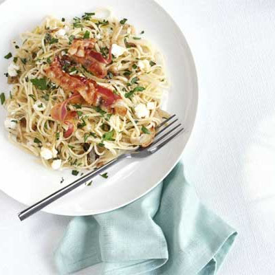 Goat's Cheese & Garlic Linguine With Crisp Pancetta