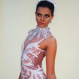 Rathi Menon in Bridal Dress designed by Leo Almoda by Alan Chew - Wedding Bride ( fashion, urban portrait, urban fashion, unique outfit )