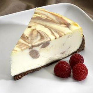 Amaretto Mousse Cheesecake