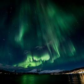 Aurora Borealis by Hans Sverre Woll - Landscapes Mountains & Hills ( aurora borealis, aurora, nordlys )