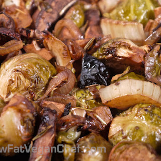(Fat Free Vegan) Roasted Brussel Sprouts With Fennel and Portobello Mushrooms