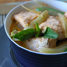 Salmon-Fennel Red Curry
