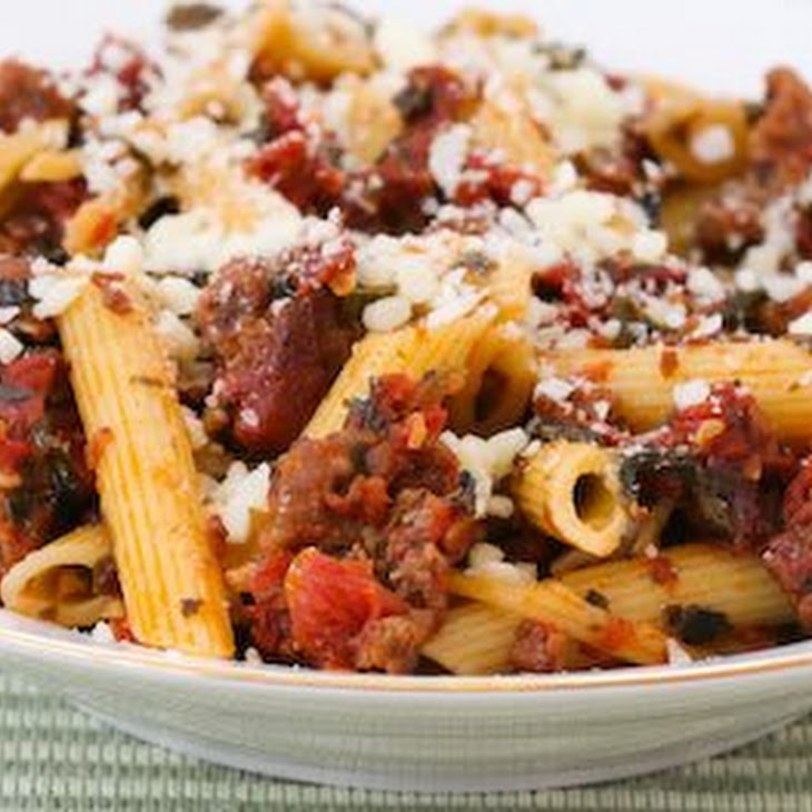 Chunky Pasta Sauce With Italian Sausage, Roasted Tomatoes, Garlic, and ...