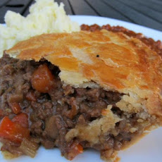 British Beef and Onion Pie