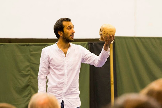 Naeem Hayat (Hamlet) used a foam skull donated by a local to use in the famous gravedigger scene.