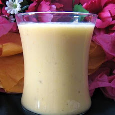 Peachy Banana Smoothie