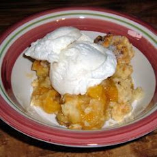 Traditional Fresh Peach Cobbler