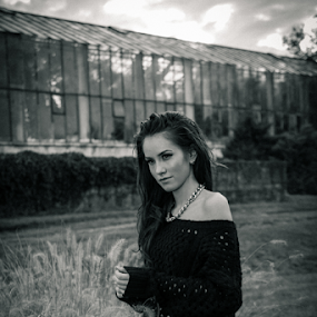 Sad mood by Stanica Marius - People Fashion ( lights, girl, autumn, sad, mood, deep )