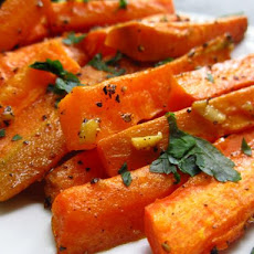 Roasted Coriander Carrots