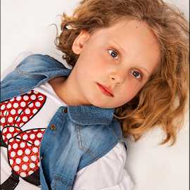 Andrea by Micha Hannemann - Babies & Children Child Portraits ( blonde, girl )