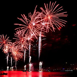 4th July Firework at Hudson River, NYC by Bibhash Nag - News & Events US Events