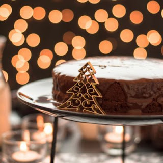 Glazed Holiday Gingerbread Cake