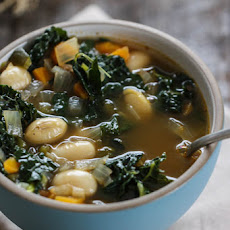 Smoky Kale and Bean Soup