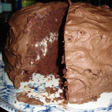 Perfect Chocolate Cake With Whipped Cream Filling
