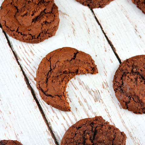 Cocoa- Fudge Cookies