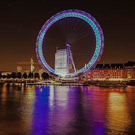 London Eye Lights by Darren Curtis - Buildings & Architecture Public & Historical ( darren curtis photography.co.uk, cityscapes, london, 2014-09 london eye, fine art photography, long exposure )
