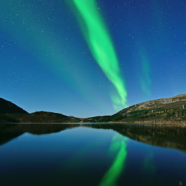 Aurora reflection by Marius Birkeland - Landscapes Waterscapes ( reflection )