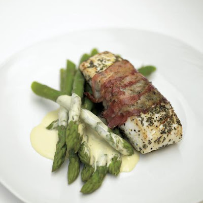 Delicious Roasted White Fish Wrapped In Smoked Bacon With Lemon Mayonnaise & Asparagus