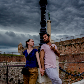 Chilling by Stefan Stevanovic - People Couples ( love, chilling, lovers, belgrade, couple, storm, people, couples, engagement, Urban, City, Lifestyle )