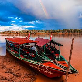 Bateaux sur l'Amazone by Bertrand Lavoie - Transportation Boats ( bateaux, boats, amazone, pérou )