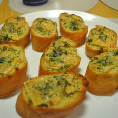 Delicious and Easy Herbed Garlic Bread