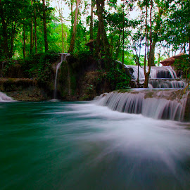 Pilaweanto Waterfall by BRain BRight - Landscapes Travel
