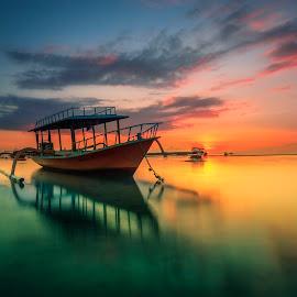 Sanurise by Ade Irgha - Transportation Boats ( clouds, exlore bali, sunrise, landscape, boat )