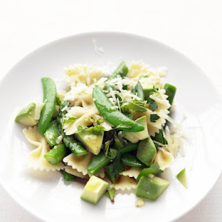 Asparagus, Snap Pea, and Avocado Pasta