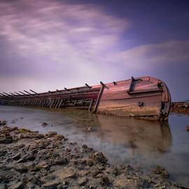 abandoned by Irwan Budiman - Transportation Boats