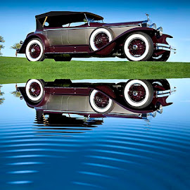 1929 Rolls-Royce by Robert Jensen - Transportation Automobiles ( car, reflection, rolls-royce, vehicle, 1929, transportation, classic )