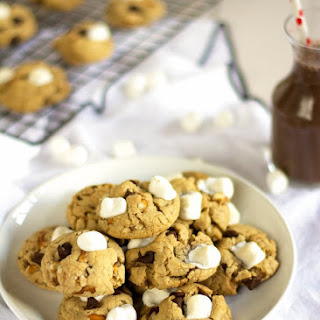 Sweet and Salty Marshmallow Chocolate Chip Cookies {With Coconut Oil}