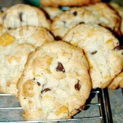 Chocolate Chip and Cornflake Cookies