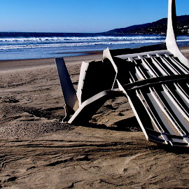 Broken Beach Chair by Andy Vic Lindblom - Artistic Objects Furniture ( sand, chair, zuma, blue, california, malibu, pacific, beach, surf, coast )