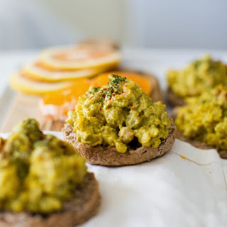 "Curried ""Eggy"" Scramble Toasts, aka Brunch-wiches"