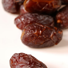 Tasty Bites - Dates, Almonds & Manchego