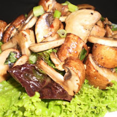 Marinated Mushrooms in Lettuce Cups