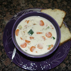 Easy and Creamy Turkey-Vegetable Soup
