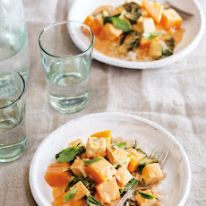Thai-Style Tofu and Butternut Squash Curry