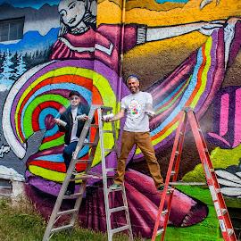 Street Artists by Jeremy Elliott - People Portraits of Men