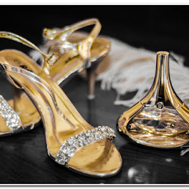 Golden wear by Wessel Badenhorst - Wedding Details