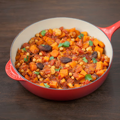 Moroccan Tagine Recipe with Chickpeas and Dried Apricots