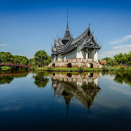 Ancient Sien by Armando Bruck - Buildings & Architecture Other Exteriors ( bangkok, ancient sien, bulding, lake, reflexion )