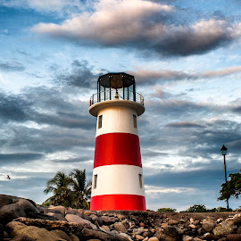 El Faro by Kenneth Bolaños - Buildings & Architecture Other Exteriors ( lighthouse, costa rica, beach, faro, puntarenas )