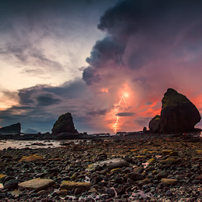 Morning Lightning by Eko Sumartopo - Landscapes Weather ( jember, lightning, indonesia, papuma )
