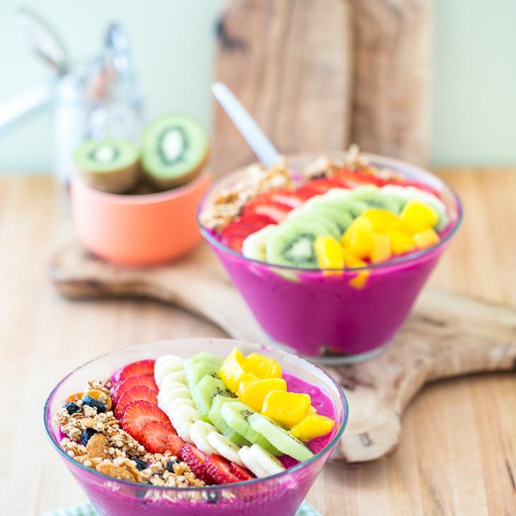 Dragon Fruit Smoothie Bowl Recipe | Yummly