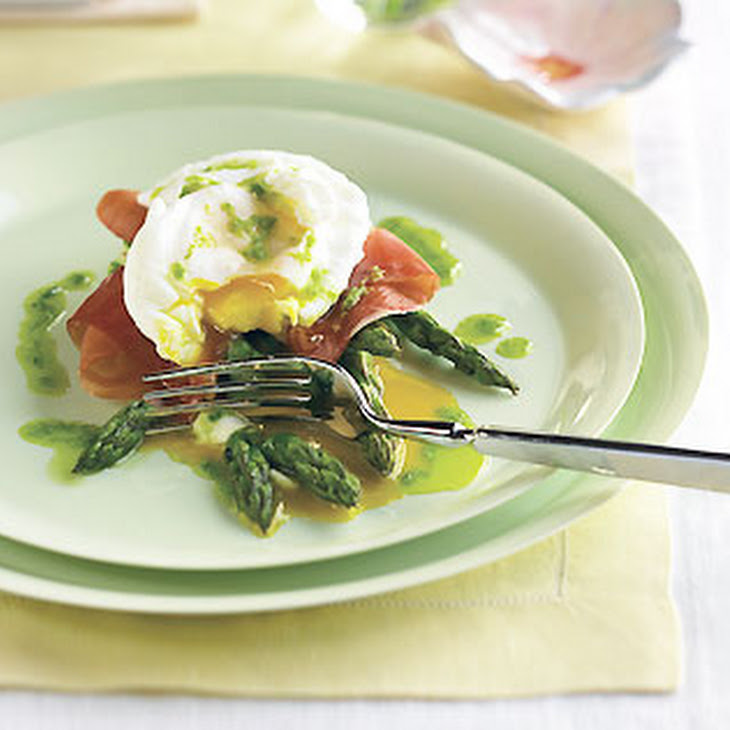 Poached Eggs With Roasted Asparagus, Prosciutto, And Chive Oil Recipes ...