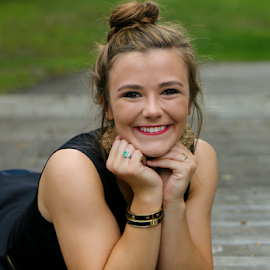 Senior girl by Beth Milam - People Portraits of Women
